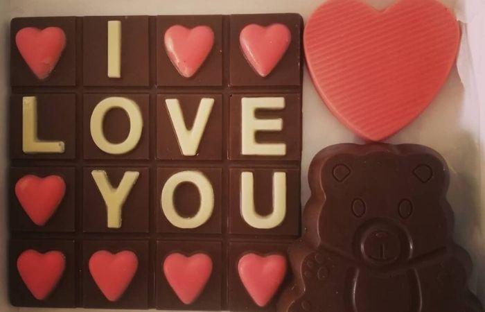 MEENA's Chocolate